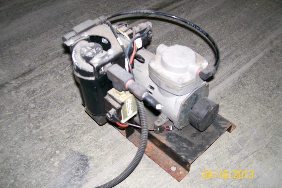 USED THOMAS POWER AIR COMPRESSOR P/N 405ADC38 FOR SALE RV Chassis Parts
