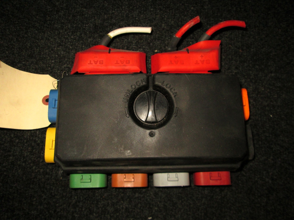 USED BUSSMANN FUSE BOX P/N 32146-0 FOR SALE   RV Chassis Parts