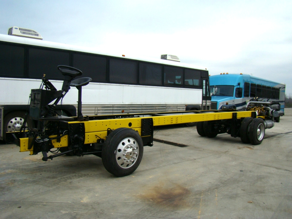 2008 WORKHORSE CHASSIS POWERED BY CAT-C7 DIESEL ENGINE / ALLISON AUTOMATIC TRANSMISSION FOR SALE  RV Chassis Parts
