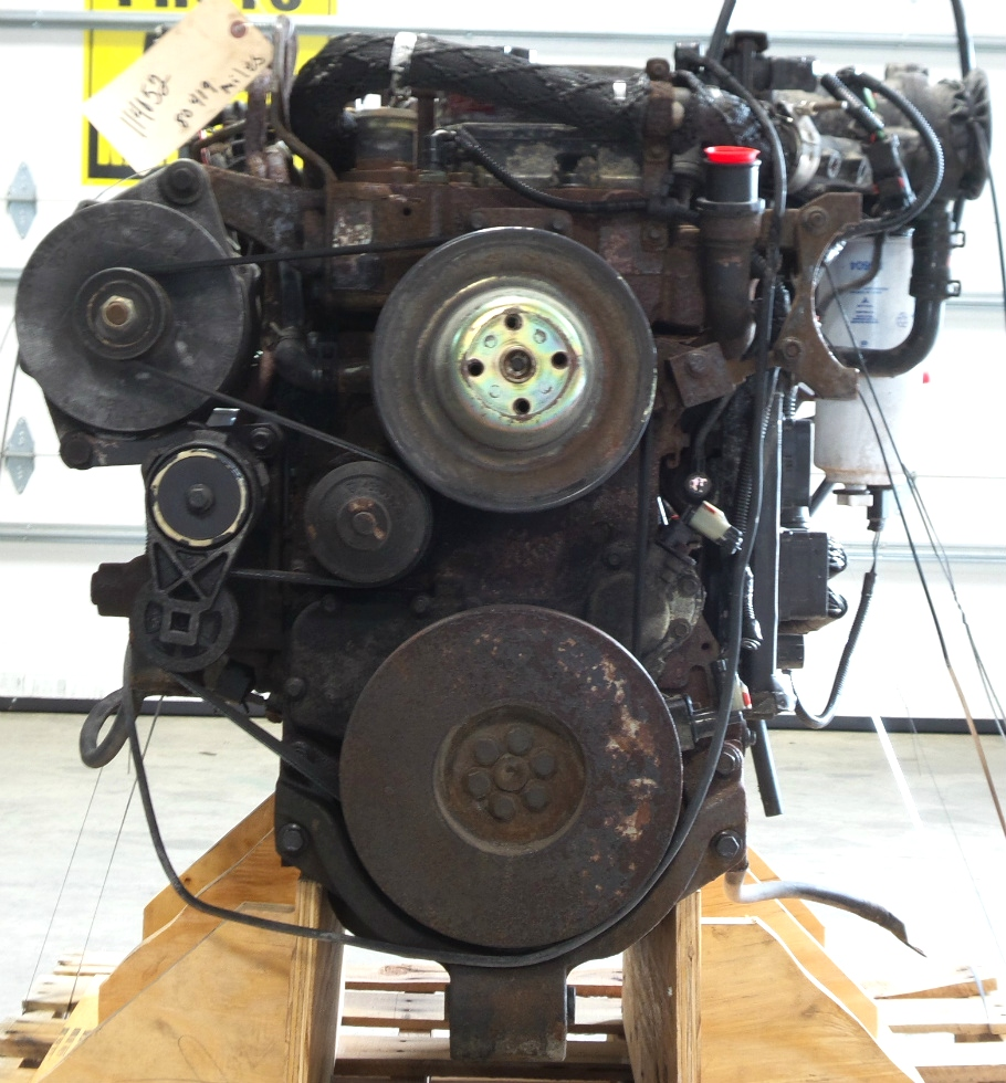 USED CUMMINS ENGINE 5.9L ISB300 REAR DRIVE YEAR 2002 FOR SALE RV Chassis Parts