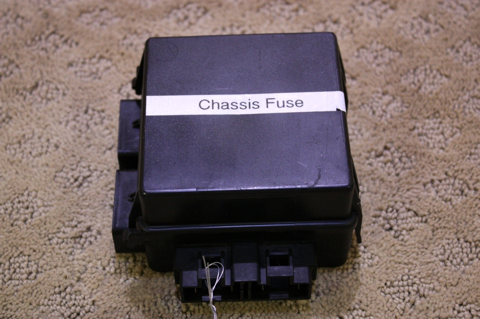 USED CHASSIS FUSE MODULE 30052-0 FOR SALE RV Chassis Parts