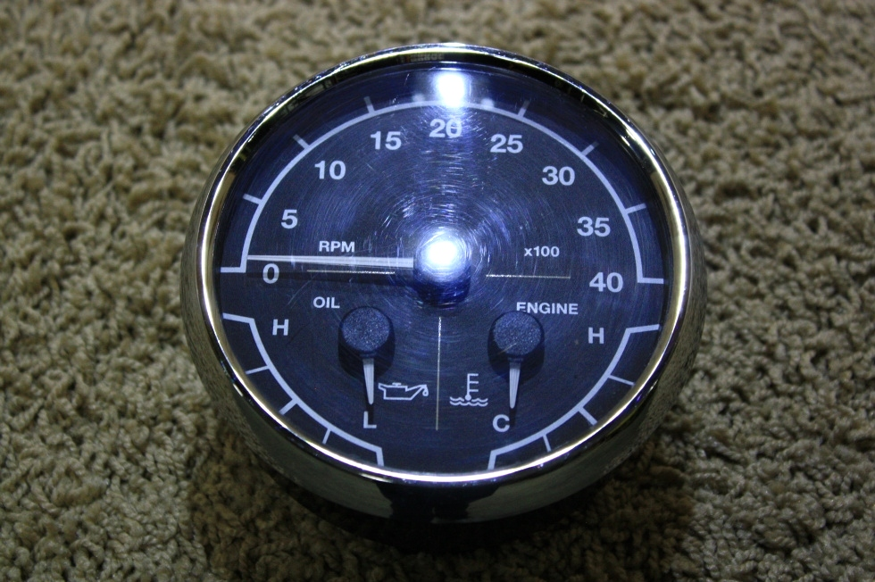 USED 3 IN 1 TACHOMETER 8640-40003-19 FOR SALE RV Components