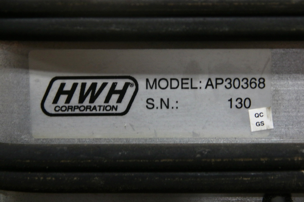 USED HWH LEVELING CONTROL BOX MODEL: AP30368 SN: 130 RV Components