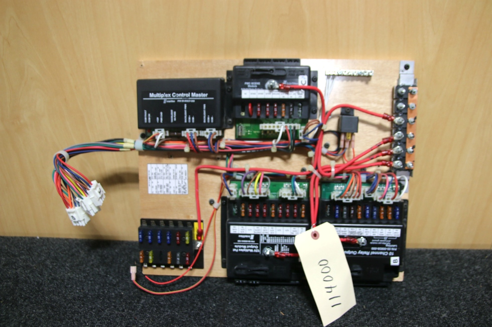 USED RV INTELLITEC FUSE PANEL FROM HOLIDAY RAMBLER IMPERIAL RV Components
