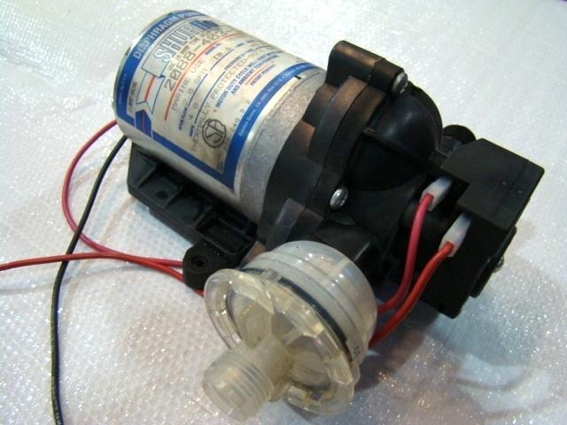 RV Components USED SHURFLO DIAPHRAGM WATER PUMP P/N: 2088-403-144