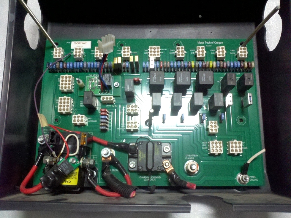 Used Monaco Battery Control Board P/N: 16602962 RV Components