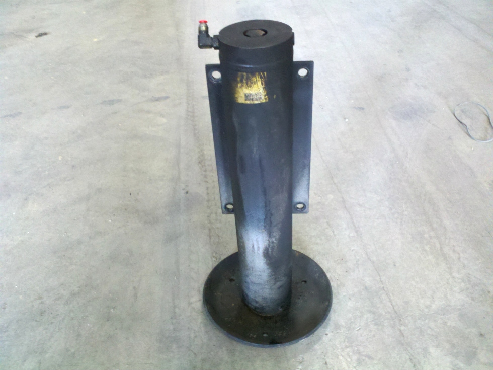 USED POWER GEAR LEVELING JACK P/N 501137 FOR SALE  RV Components