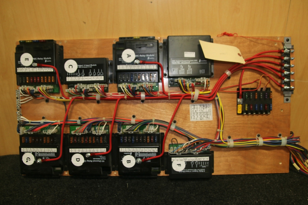 USED RV INTELLITEC 2007 11 PIECE CONTROL PANEL  RV Components