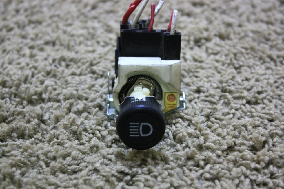 USED MOTORHOME HEADLIGHT CONTROL SWITCH 039109 RV PARTS FOR SALE RV Components