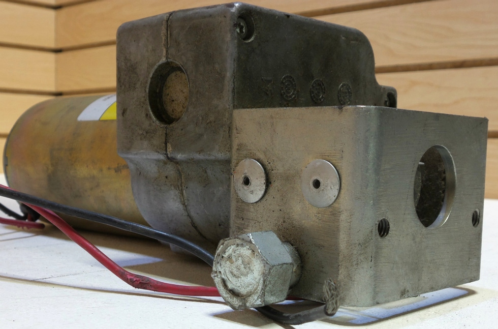 USED POWER GEAR SLIDE MOTOR 522582 FOR SALE   RV Components