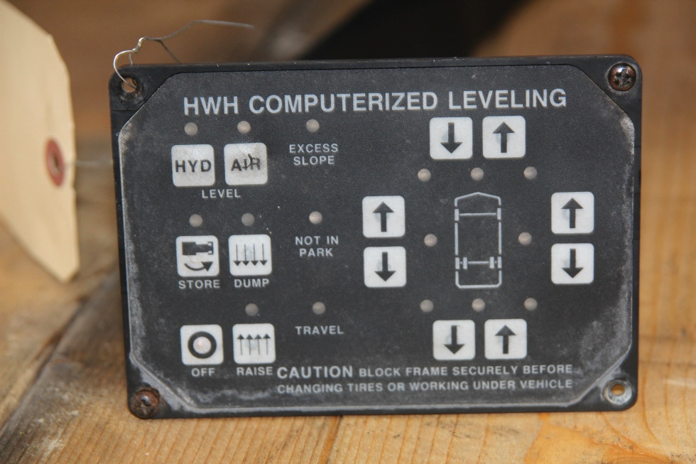 USED RV/MOTORHOME COMPUTRERIZED LEVELING CONTROLLER - NO PART NUMBER RV Components