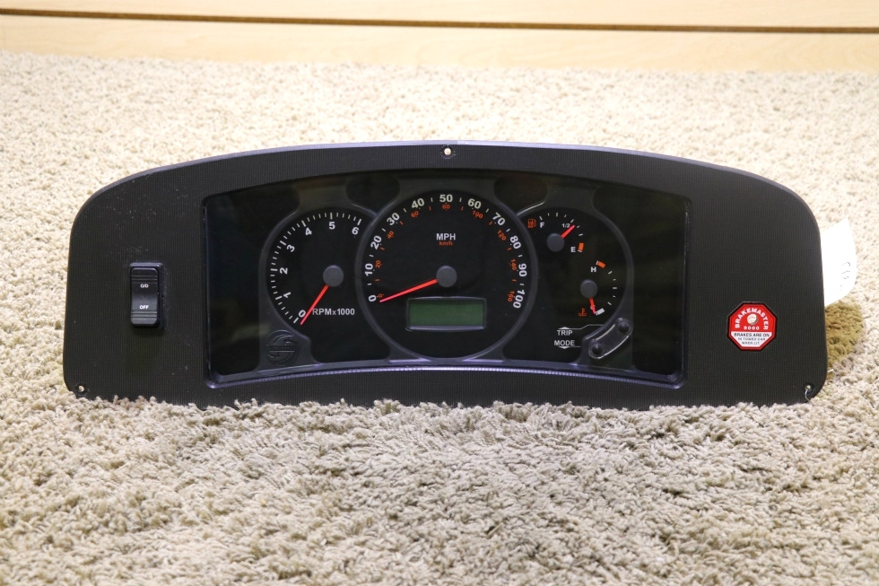 USED RV CHEVROLET WORKHORSE W0004987 DASH CLUSTER FOR SALE RV Components