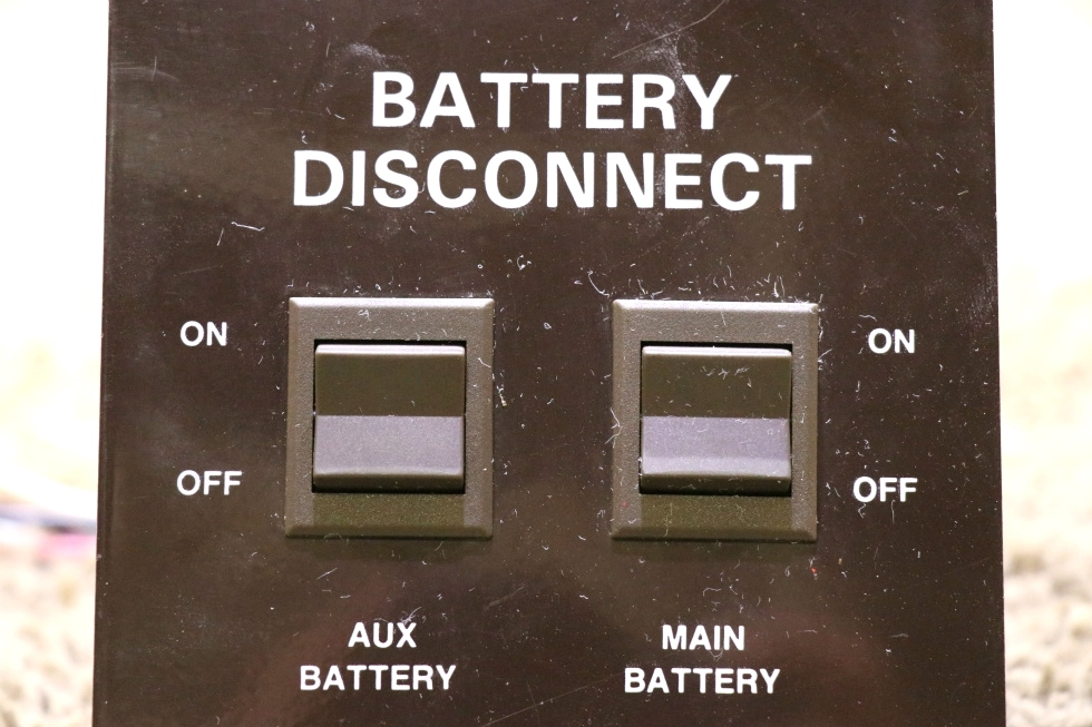 RV Components USED BATTERY DISCONNECT MOTORHOME SWITCH PANEL