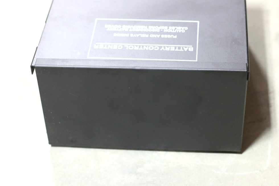 NEW RV/MOTORHOME BATTERY CONTROL CENTER RV Components