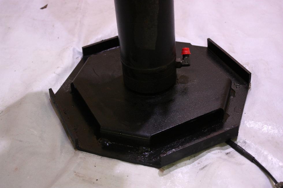 USED EQUALIZER LEVELING JACK FOR SALE RV Components