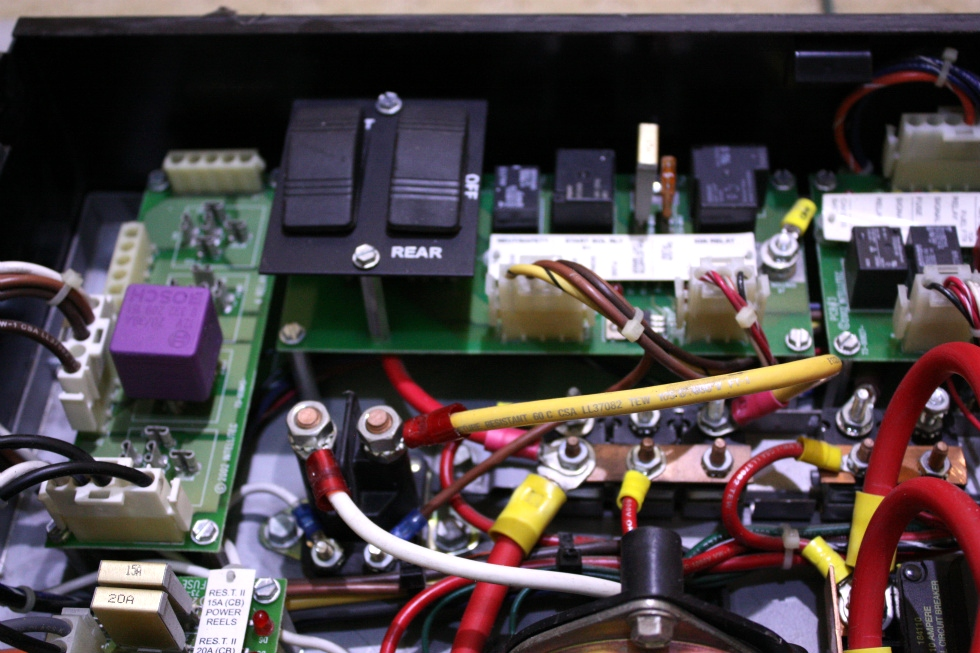 USED INTELLITEC BATTERY CONTROL CENTER (BCC) 00-00824-200 RV Components