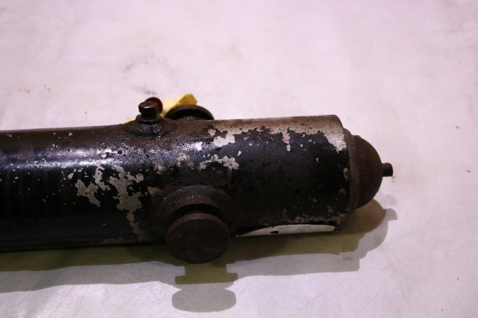 USED HWH LEVELING JACK CYLINDER AP39042 FOR SALE RV Components