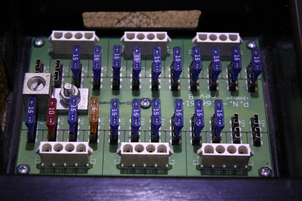 USED KIB FUSE BOX 16616143 REV B FOR SALE RV Components