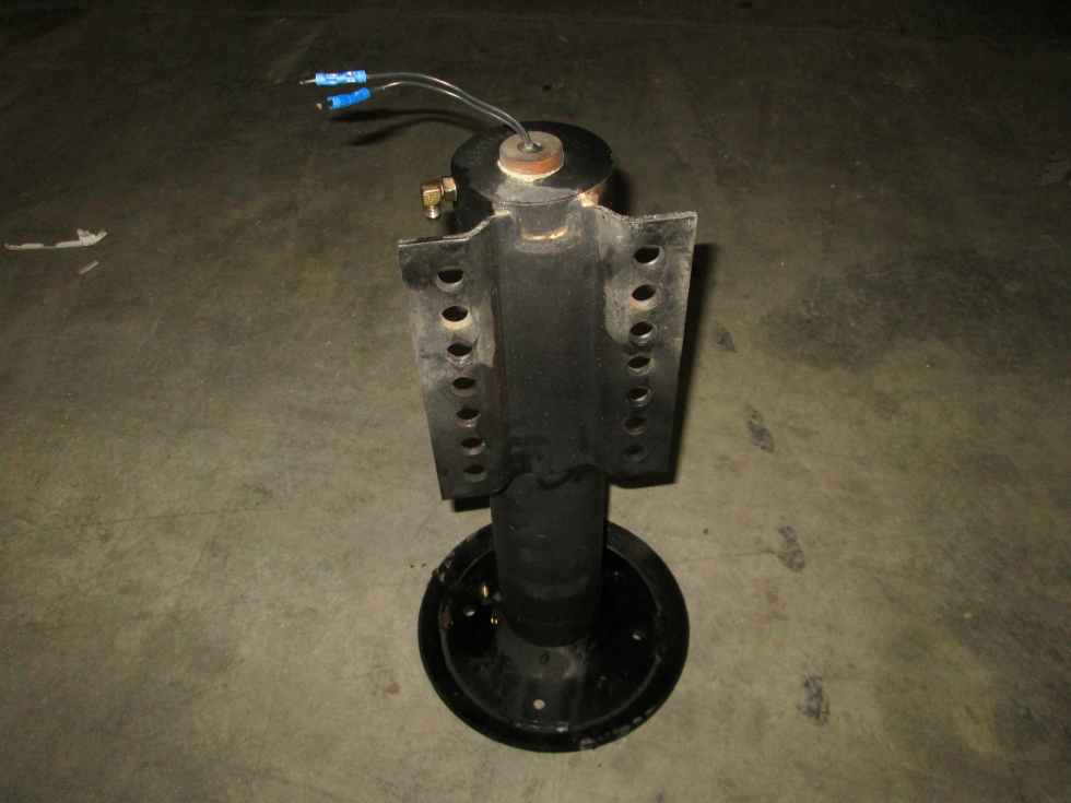 USED RV/MOTORHOME KWIKEE LEVEL BEST LEVELING JACKS PN: 3700710 RV Components