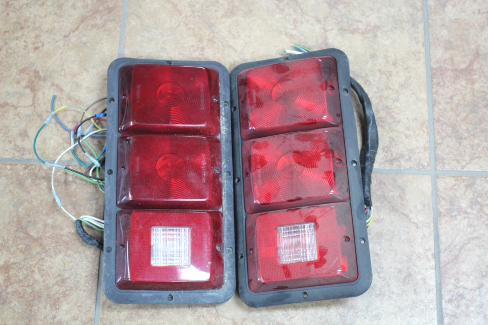 USED1990GEORGIE BOY TAILLLIGHT SET | SIZE: 14 x 7 RV Accessories