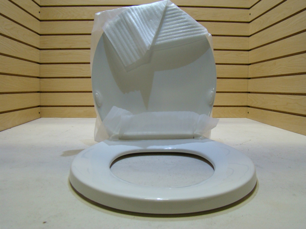 NEW RV/MOTORHOMEOLSONITE HEAVY DUTY TOILET SEAT  RV Accessories