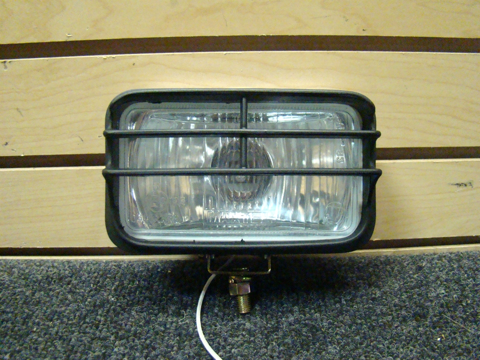 USED MAXTEL FOG LIGHT WITH CHROME  SIZE: 6 1/4 RV Accessories