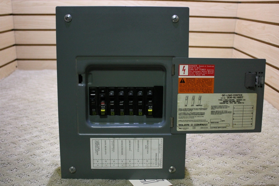USED QO LOAD CENTER Q08-16L100DT FOR SALE RV Accessories