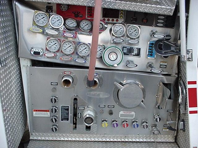 2004 PIERCE FIRE TRUCK PUMPER DAMAGED/WRECKED- SALVAGE PARTS FOR SALE RV Parts
