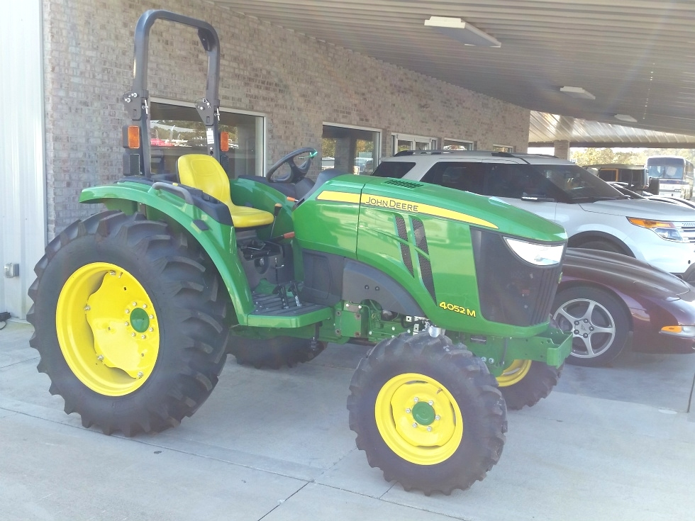 2015 JOHN DEERE 4052M 4X4 TRACTOR FOR SALE  RV Parts