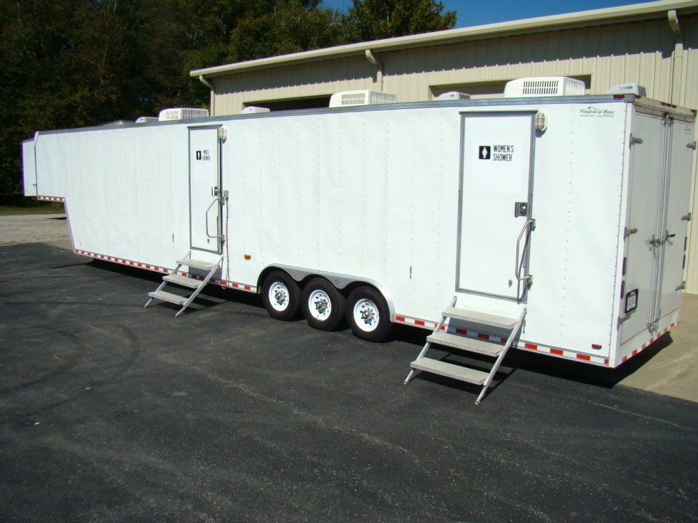 SHOWER TRAILER FOR SALE OR LEASE 48FT GOOSENECK TRAILER ( 13 SHOWER ) RV Parts